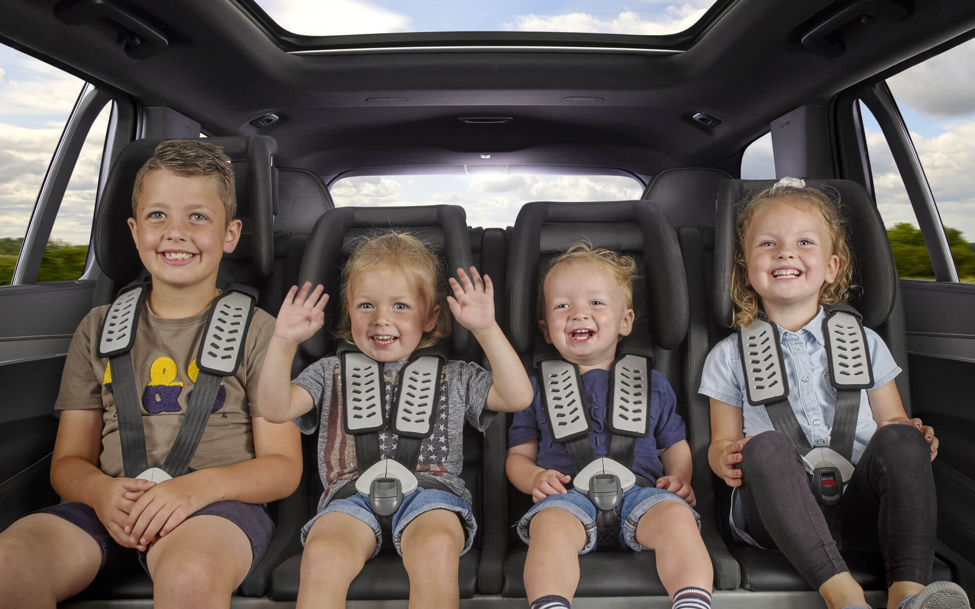 4-child <br>car seat